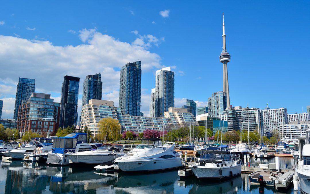 A photo of Toronto skyline at daytime.